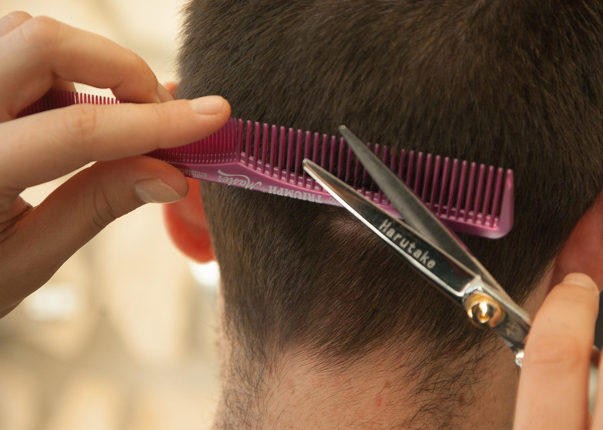 'Je haar groeit sneller als je het vaker knipt'