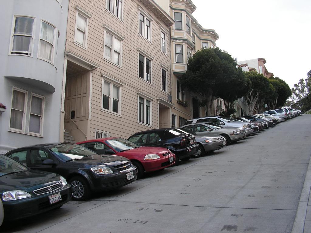 Factcheck: 'Een auto staat 95 procent van de tijd stil'