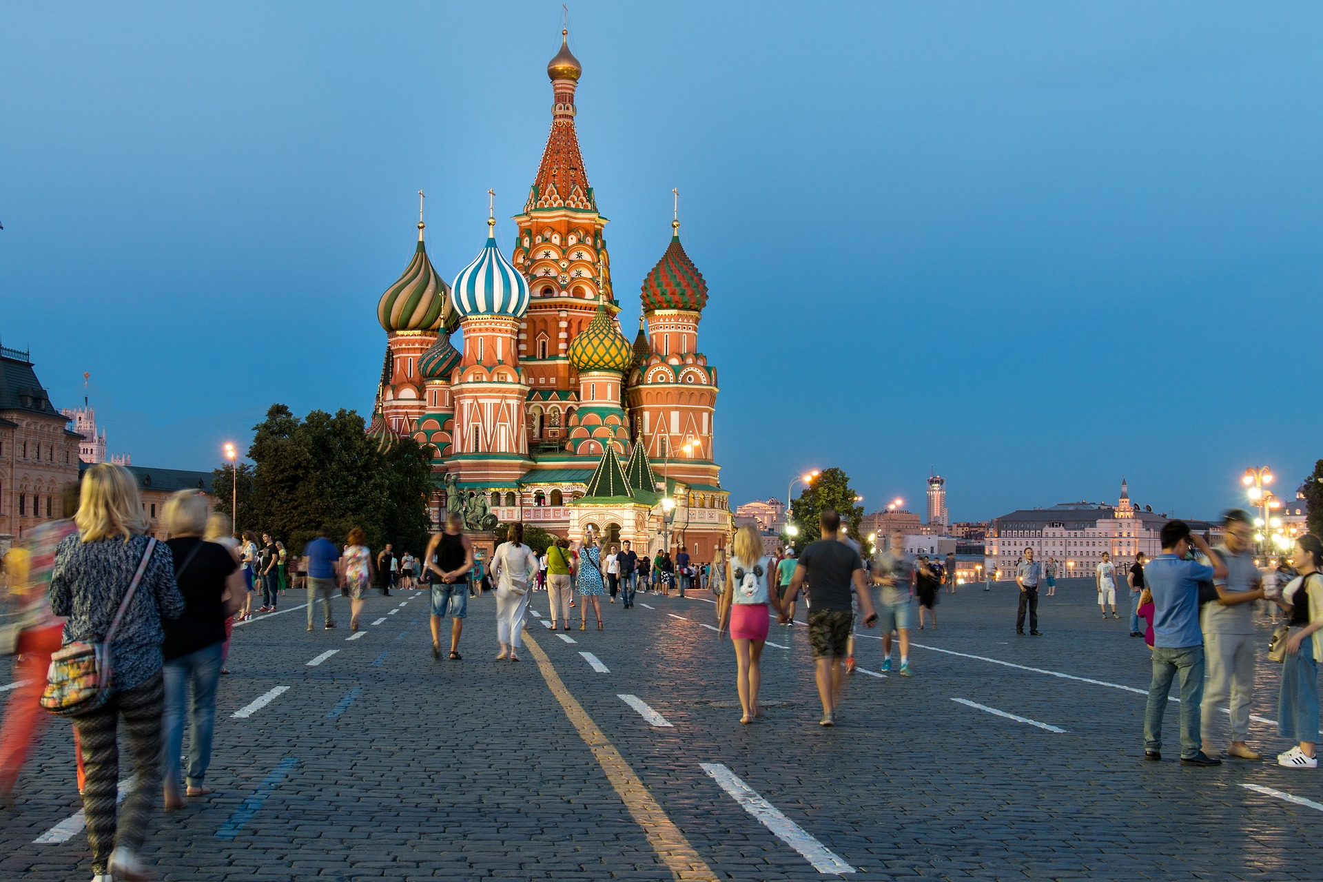 De 'alternatieve-feitenkrant' over Rusland, nieuwsmakers worden factcheckers en strenge nepnieuwswet in India komt er niet