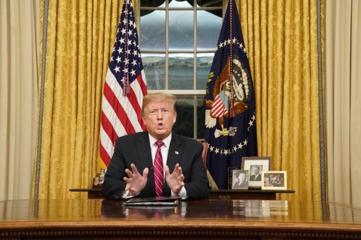 'Het eindigen van de pandemie is de topprestatie van Donald Trump'